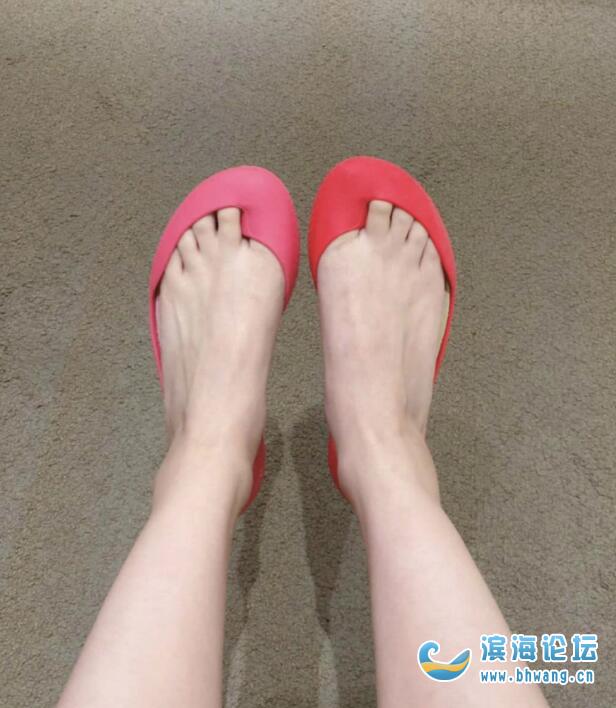一个执着于买各种奇葩鞋的女人