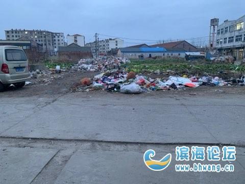 五汛鎮菜市場附近垃圾