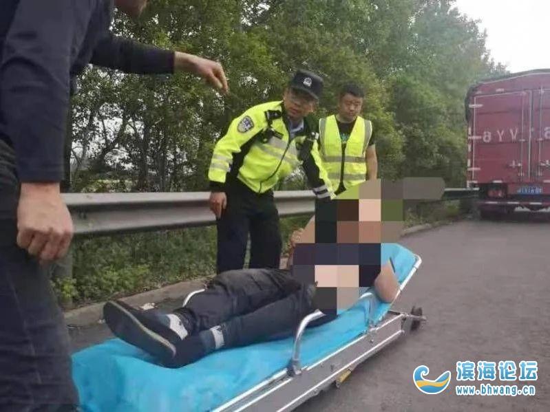 """鹽城高速上一司機突發""""中風"""",抽搐不止!"""